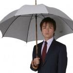日傘を差す男性が急増中?恥ずかしいよりも大事な事があります