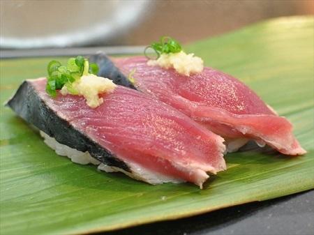 カツオの寿司