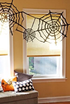 蜘蛛の巣の飾り付け