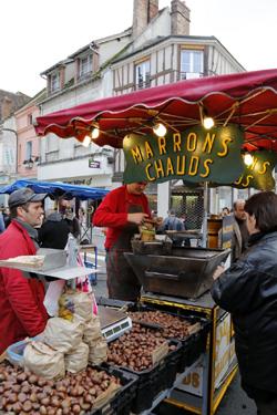 フランスのマロン・ショーの様子