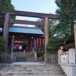 神社の参道は真ん中を歩いては駄目っていうのは本当?端を歩くべき?